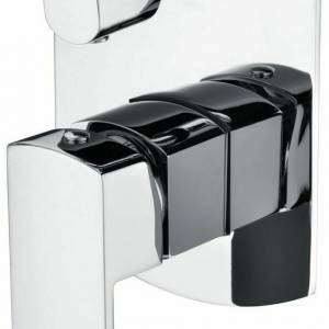 HIGH QUALITY ROUNDED SQUARE CHROME FINISH SHOWER MIXER WITH DIVERTER